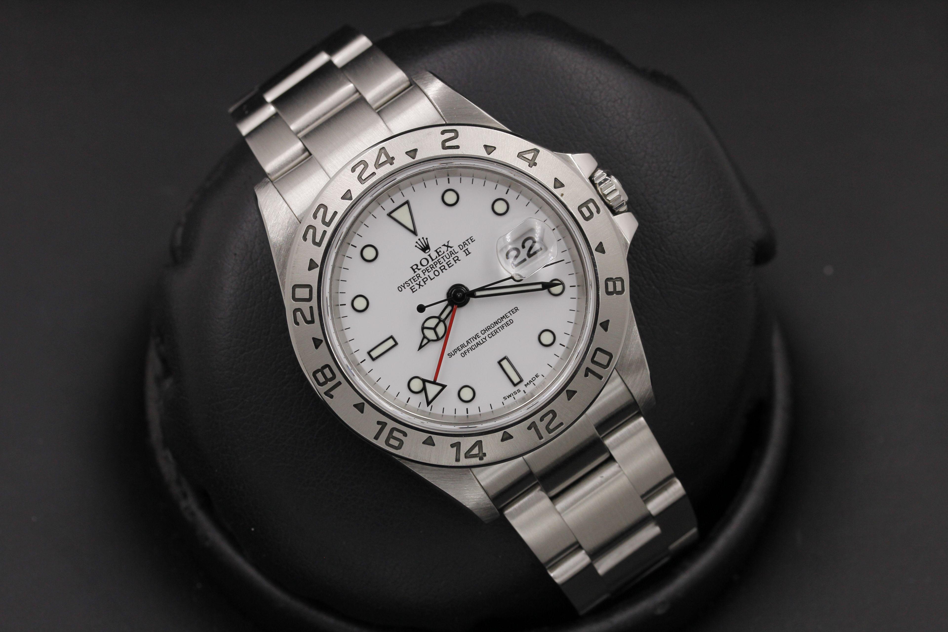 99db2fed129 Rolex Explorer II - 16570 - 40mm - White Dial - F Serial -